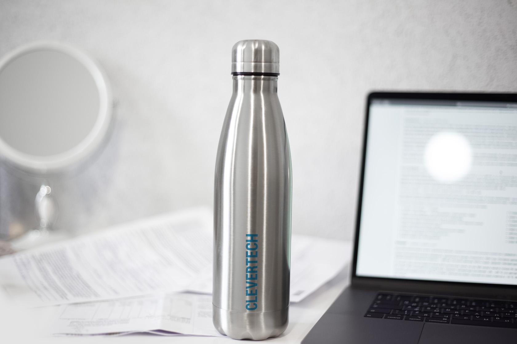 pratiques de durabilité c'est utiliser une bouteille en acier