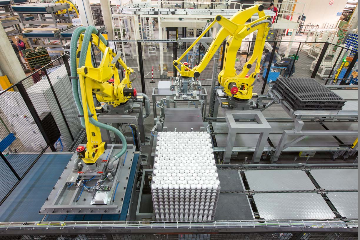 aluminum cans and robot at work